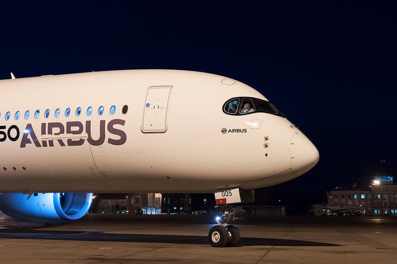 Airbus A350-941 (F-WWYB) Airbus D700156