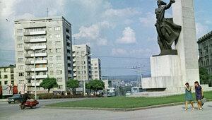 Киртоакэ поддержал демонтирование памятников советским воинам