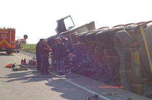 В Румынии перевернулась молдавская цистерна с топливом
