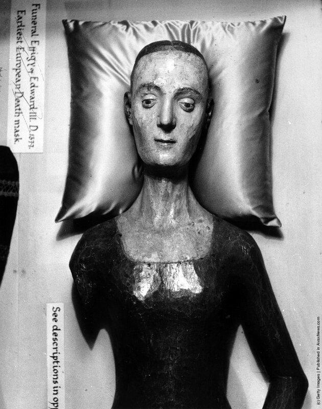 История в фотографиях. Посмертные маски