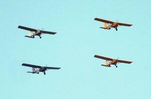 Четвёрка самолётов над Омском