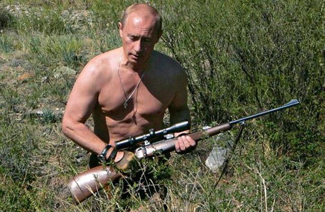 Oбнaженные Femen, Путин и Меркель