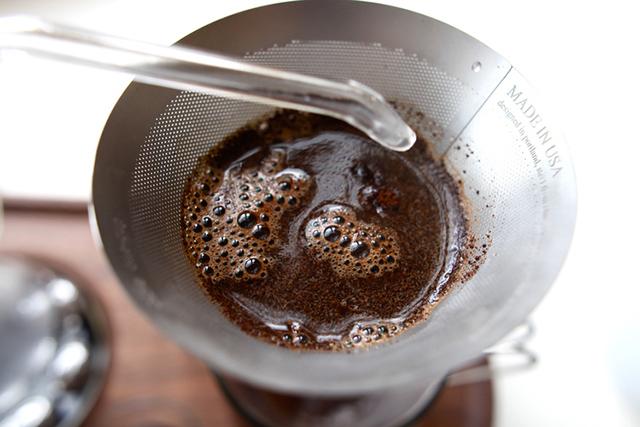 Мечта кофеманов - будильник-кофеварка. The Barisieu от дизайнера Joshua Renouf
