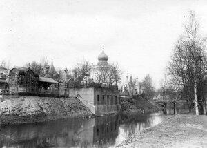 Вид Никольского кладбища Александро-Невской лавры.