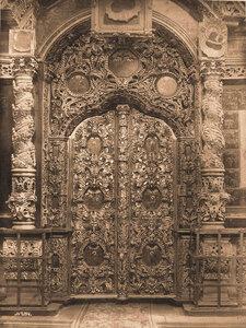 Вид на царские врата в церкви Николы Мокрого. Ярославль г.