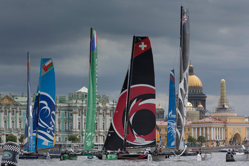 Грандиозный дебют Extreme Sailing SeriesTM by Land Rover в Санкт-Петербурге.