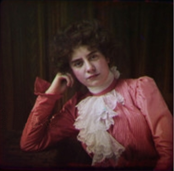 1890s Woman Kromogram2.jpg