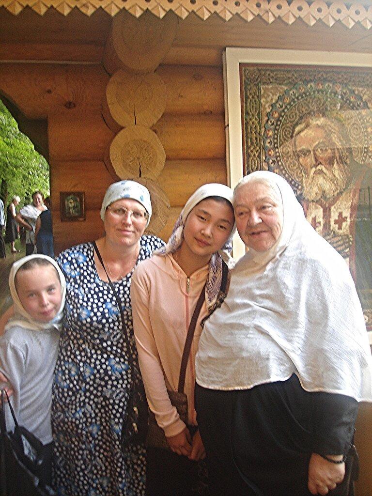 На источнике прп.Серафима у Цыгановки
