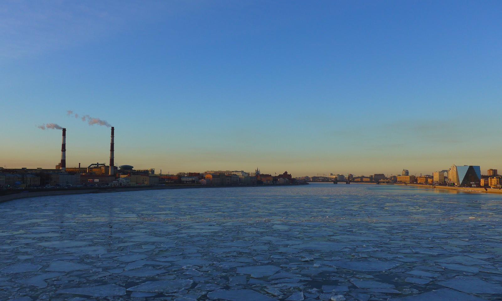 Ice Drift, St Petersburg, Russia, 2015.03.26 | Санкт-Петербург, Россия, мост А.Невского