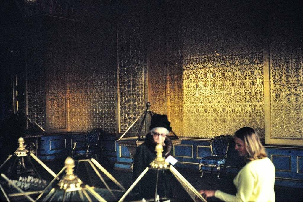 Malacite Hall, Hermitage, Leningrad.  9/27/68 [Alice Finch]