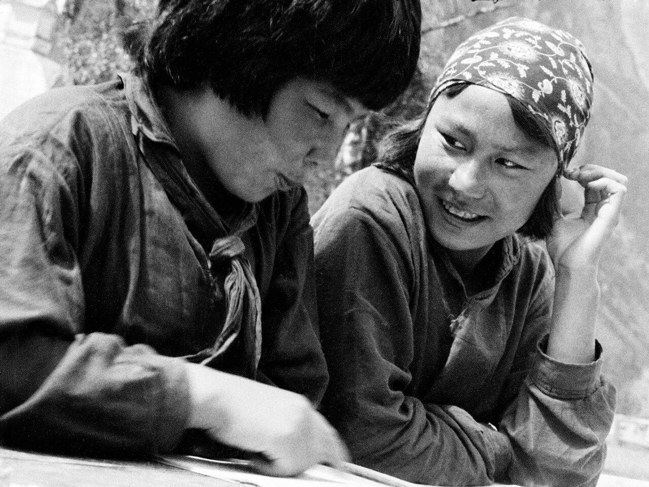 Алтайские школьницы