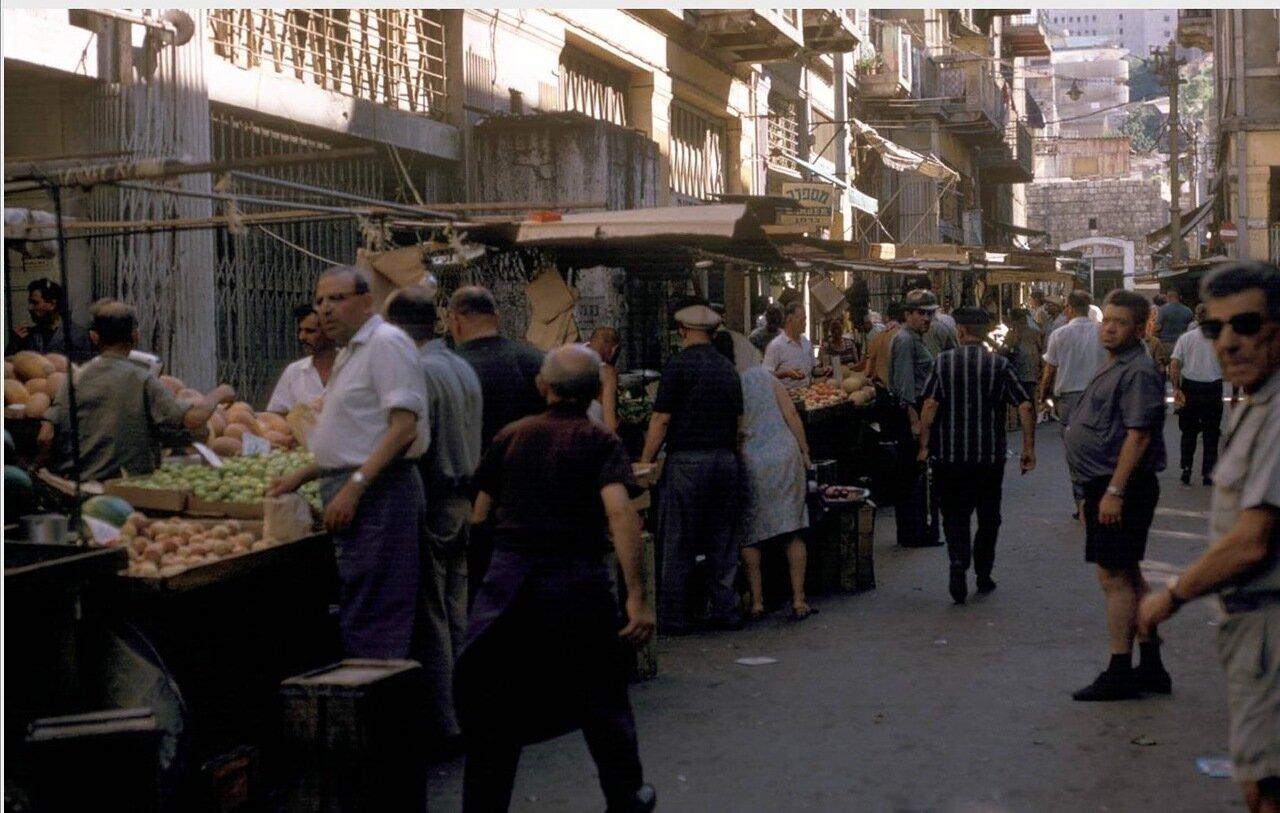 04. Турецкий базар на улице Доврин