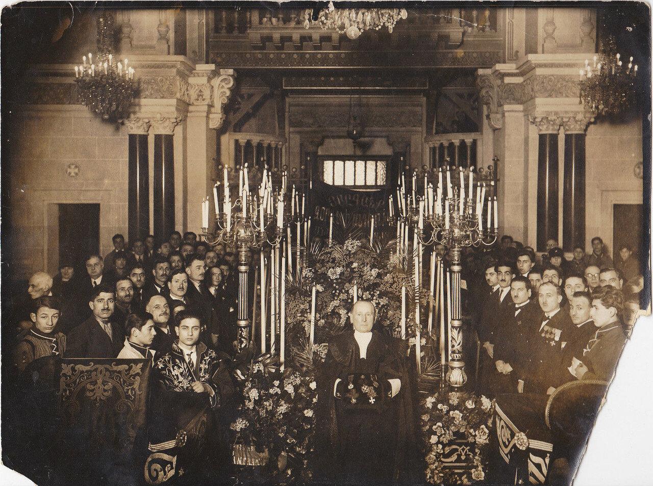 1928. Похороны генерала Андраника Торосовича Озаняна в Париже