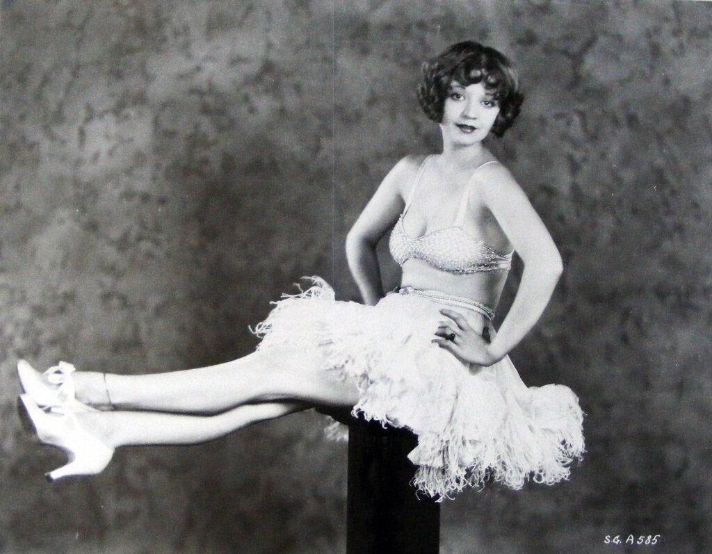 """Alice White in a publicity shot for """"Show Girl"""" (1928).jpg"""