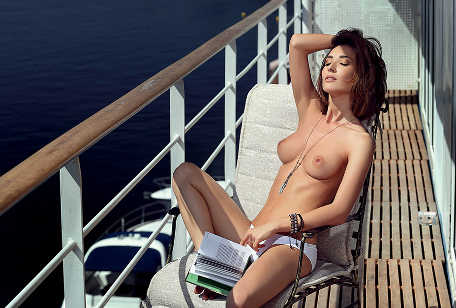 Анна Завальская - Playboy Ukraine January 2013