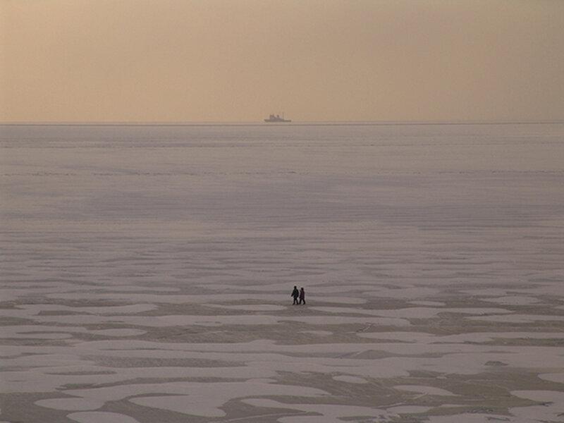 Бухта Нагаева зимой
