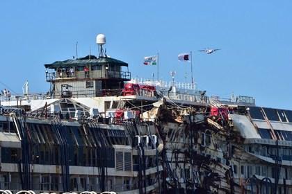 В Италии организованны экскурсии на лайнер Costa Concordia