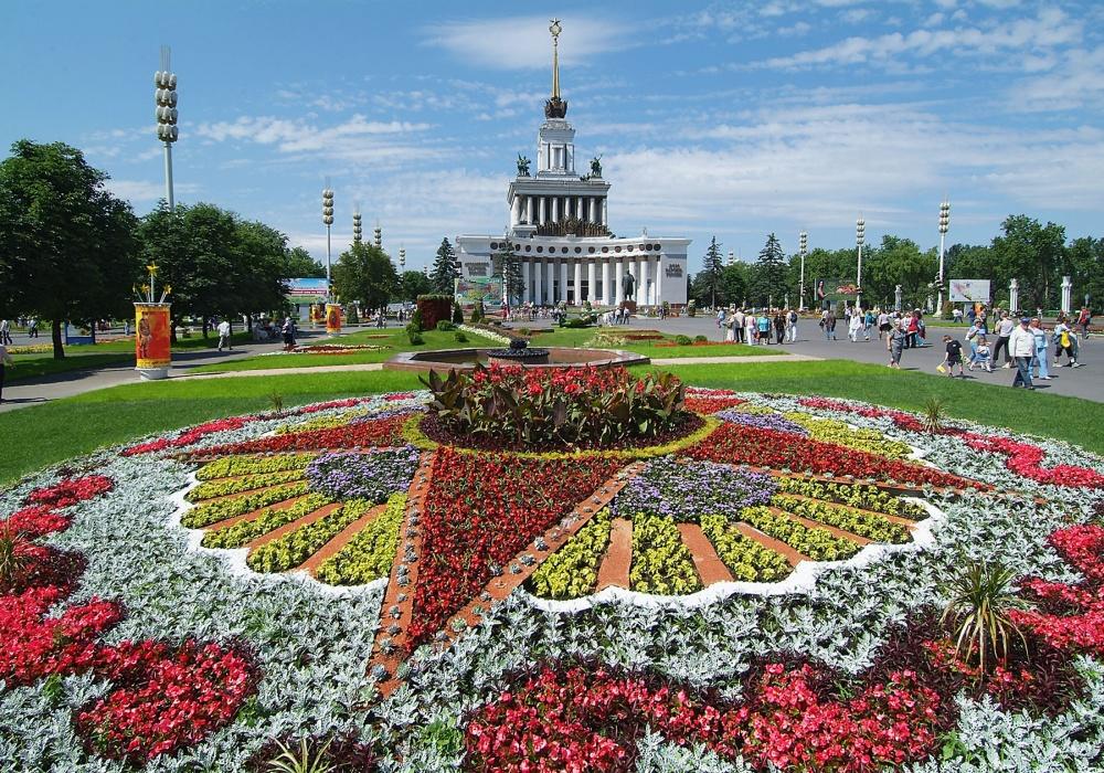 Фестиваль цветников и ландшафтной архитектуры, 2005 год. ИТАР-ТАСС/Михаил Фомичев