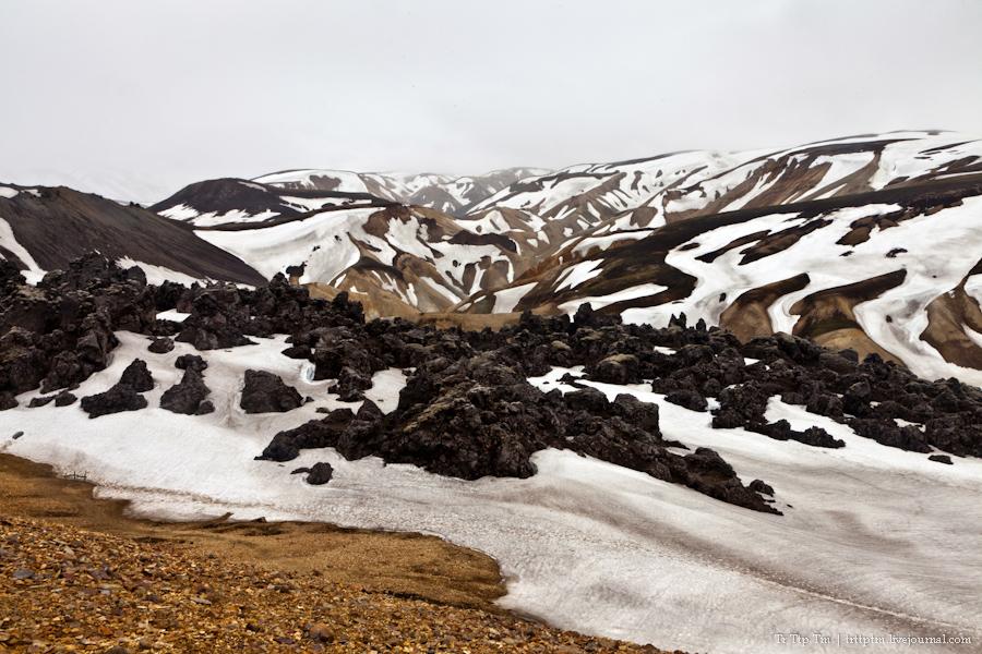 16. Цветные горы Ландманналойгар.
