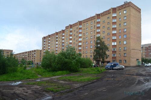 Фото города Инта №7035  Куратова 44, 42, 48 и двор 50 11.07.2014_13:20