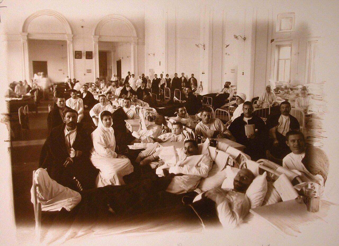 05. Раненые в одной из палат госпиталя