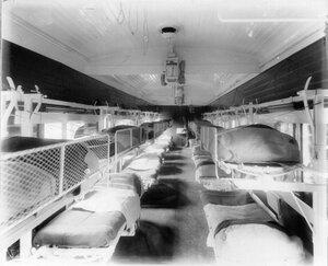 Внутренний вид вагона для тяжелораненых
