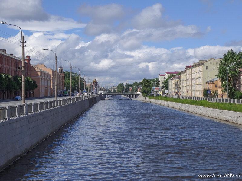 Обводный канал, вид вниз по течению