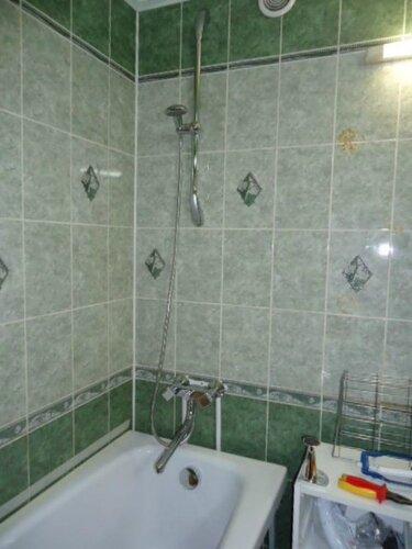 Уголочек ванной окультурился!