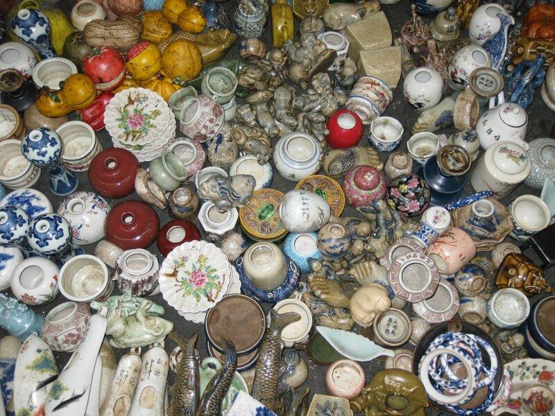 Плошки и другие изделия, рынок Паньцзяюань, Пекин