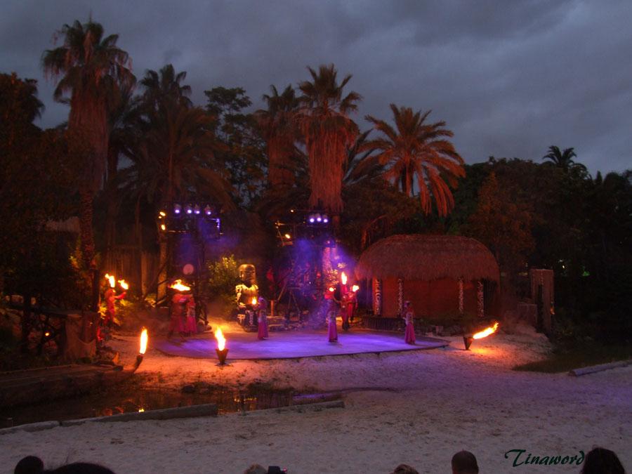 Noche-de-fuego-tahiti-1.jpg