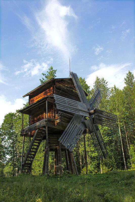 Ветряная мельница-столбовка на стойках XIX век