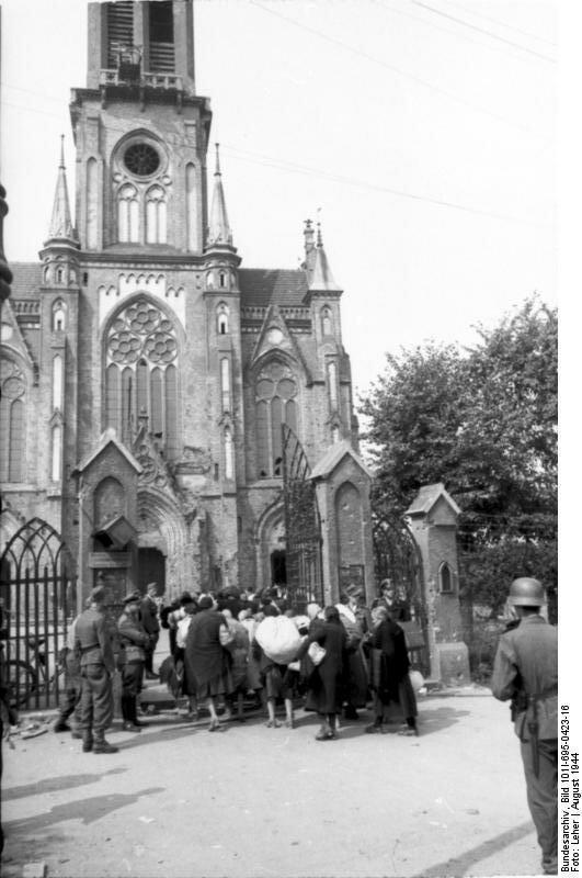 Warschauer Aufstand, Zivilisten vor Kirche
