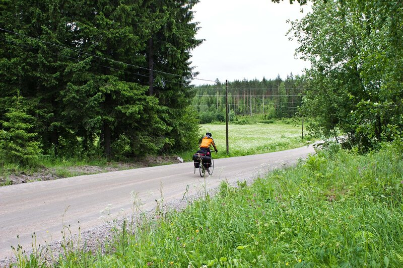 дорога 16754 в Лаукаа (Laukaa) на ее грунтовой части