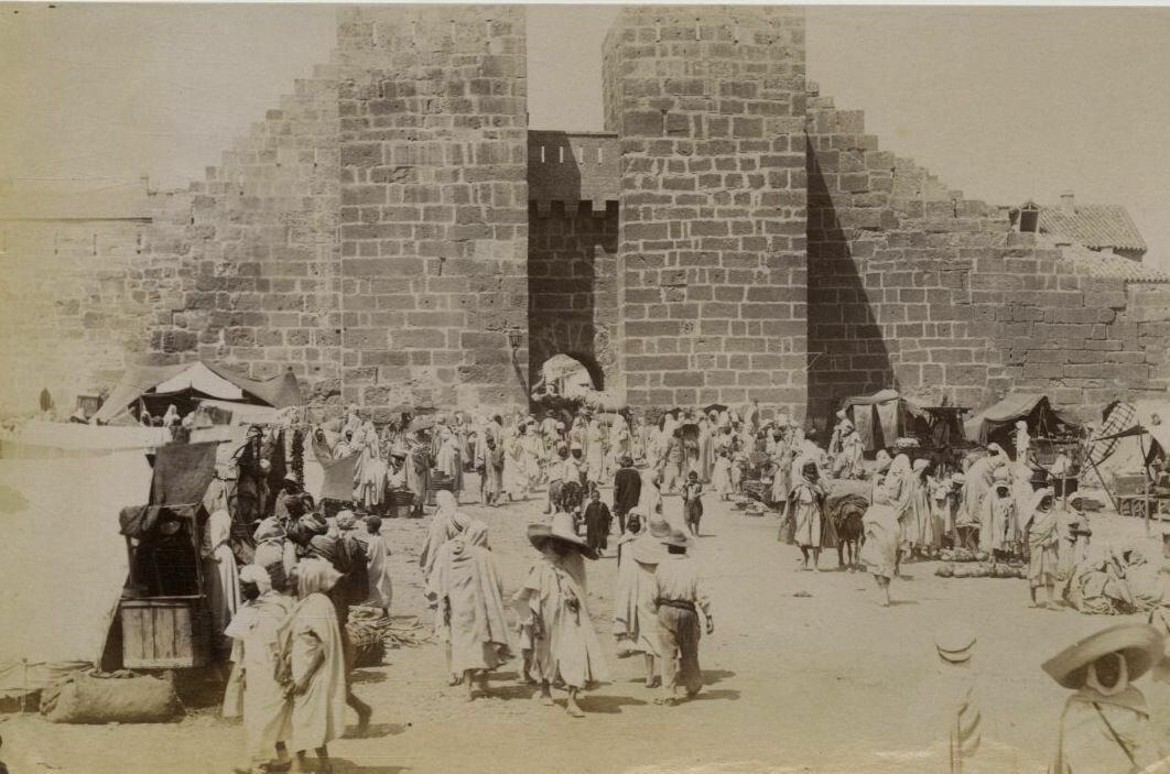 1880.Арабский рынок