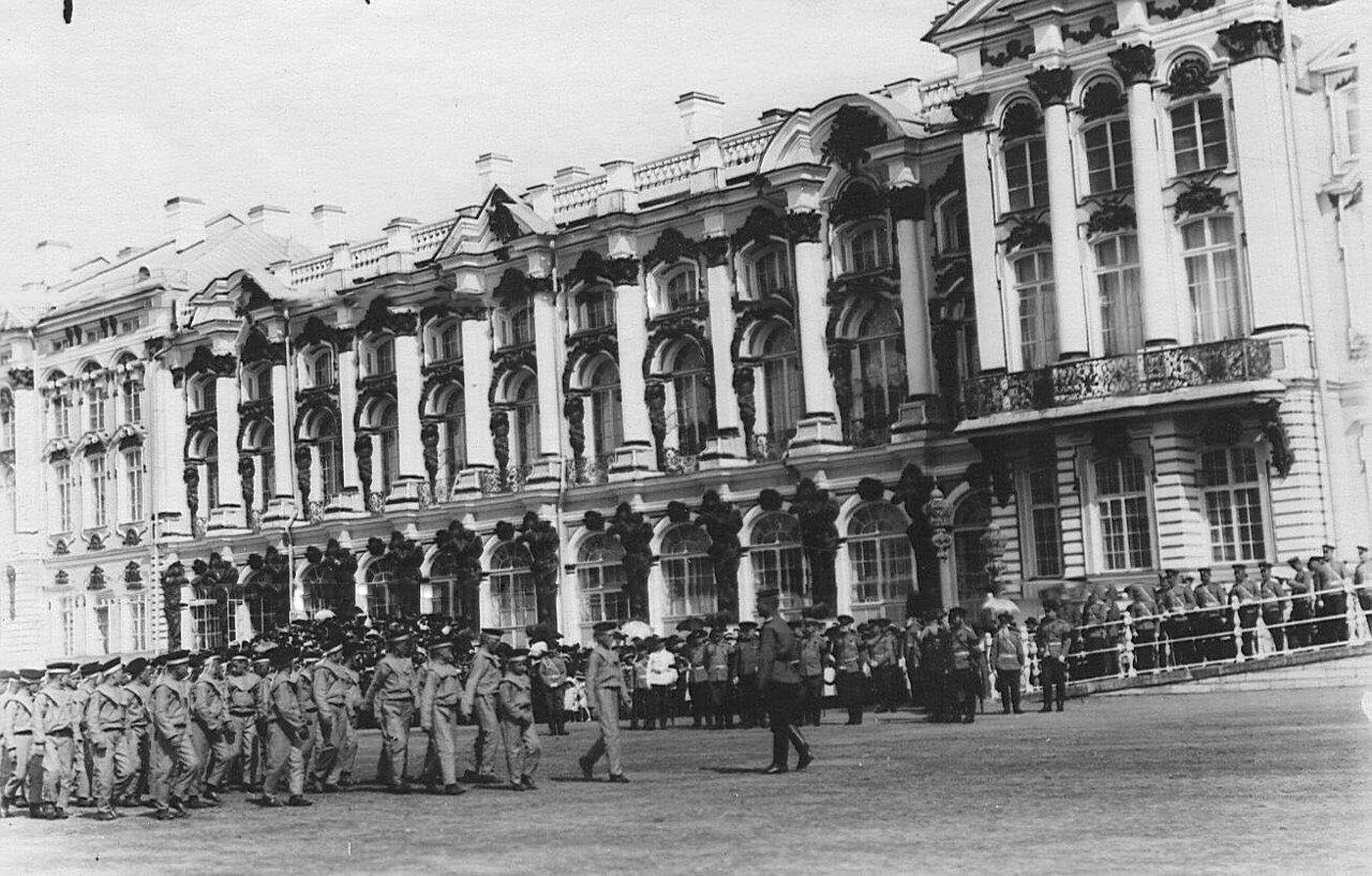 15. Отряд воспитанников на марш-параде