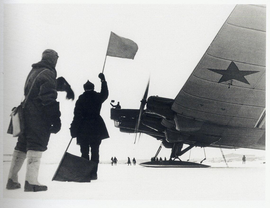 1934. Советский самолёт ТБ-3 перед вылетом. 1 февраля