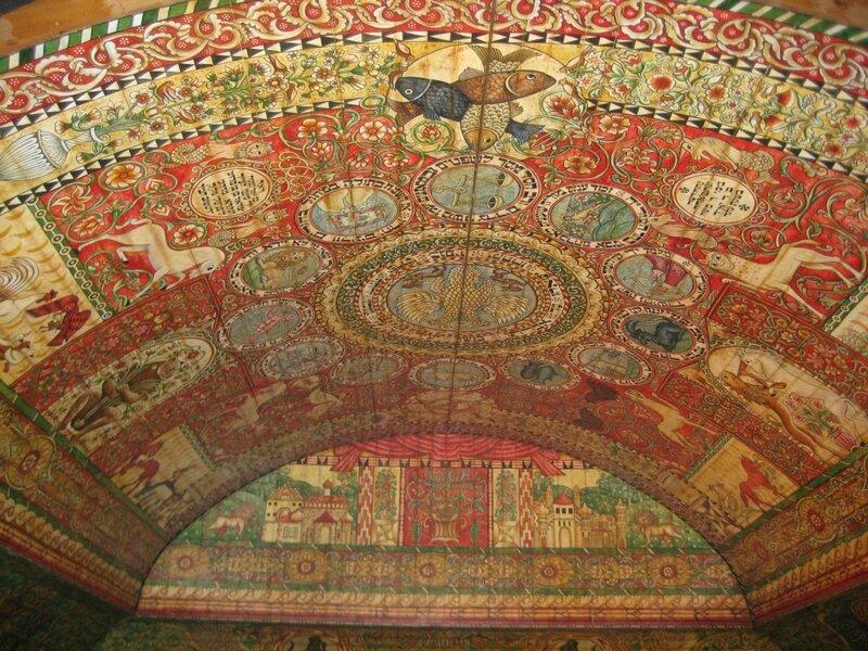 потолок синагоги в Ходорово.JPG