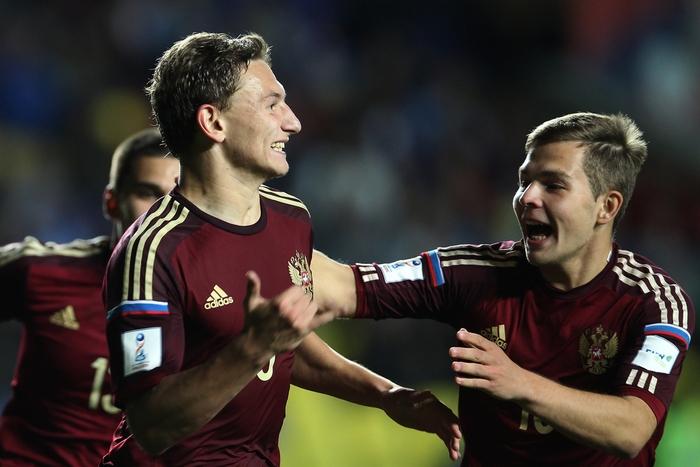 Первые матчи сборной России U-17 на юношеском Чемпионата Мира по футболу.