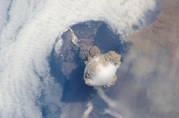 Красивые фотографии: извержения вулканов 0 10f569 9c989dce orig