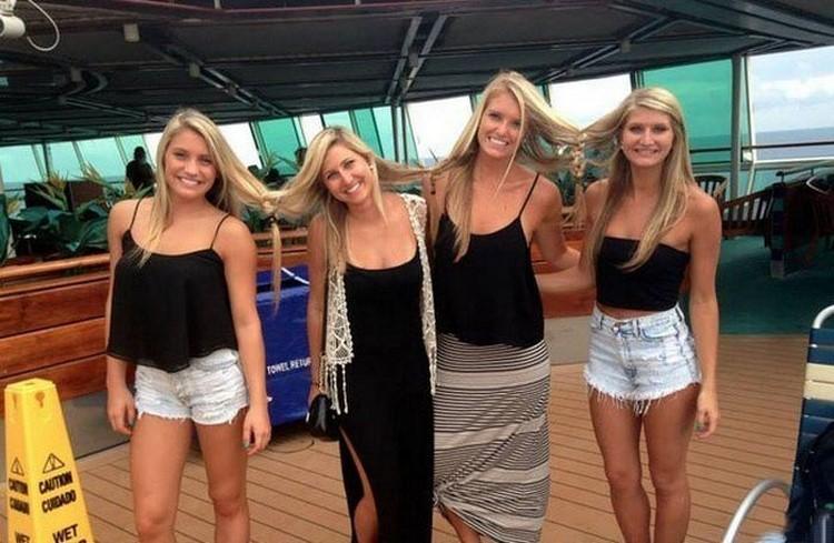 прически за блондинки