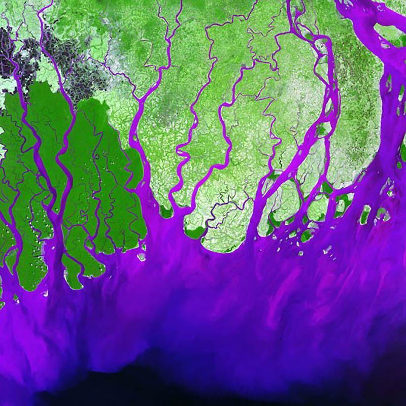 6. Дельта рек Ганг и Брахмапутра (на фото) занимает большую территорию южного Бангладеш и восточной