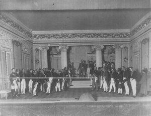 "Во дворце на приеме у Александра I - сцена из спектакля ""Картины 1812 года""."