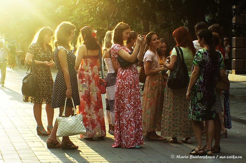 Флешмоб женственности, Саратов, проспект Кирова, 01 августа 2014 года