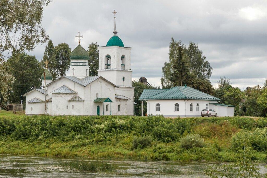 Храм Николая Чудотворца, Остров