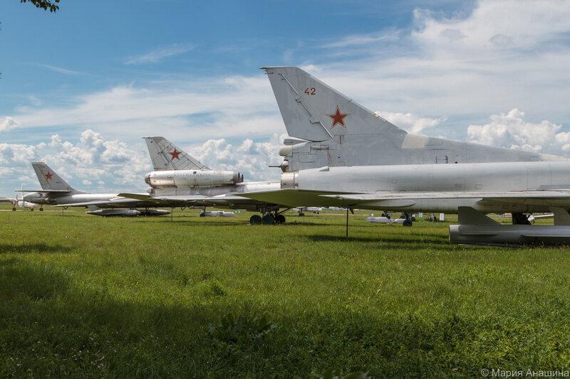 Музей Дальней авиации, стоянка самолетов, Рязань