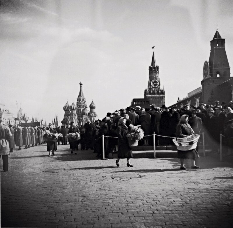 Апрель, 1961. Ждут Гагарина