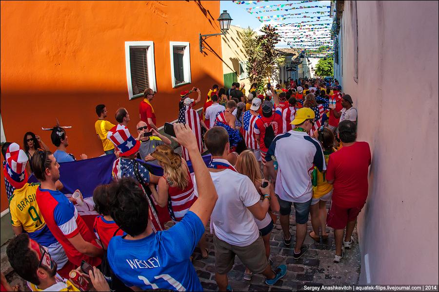 Бразильские улицы перед футболом