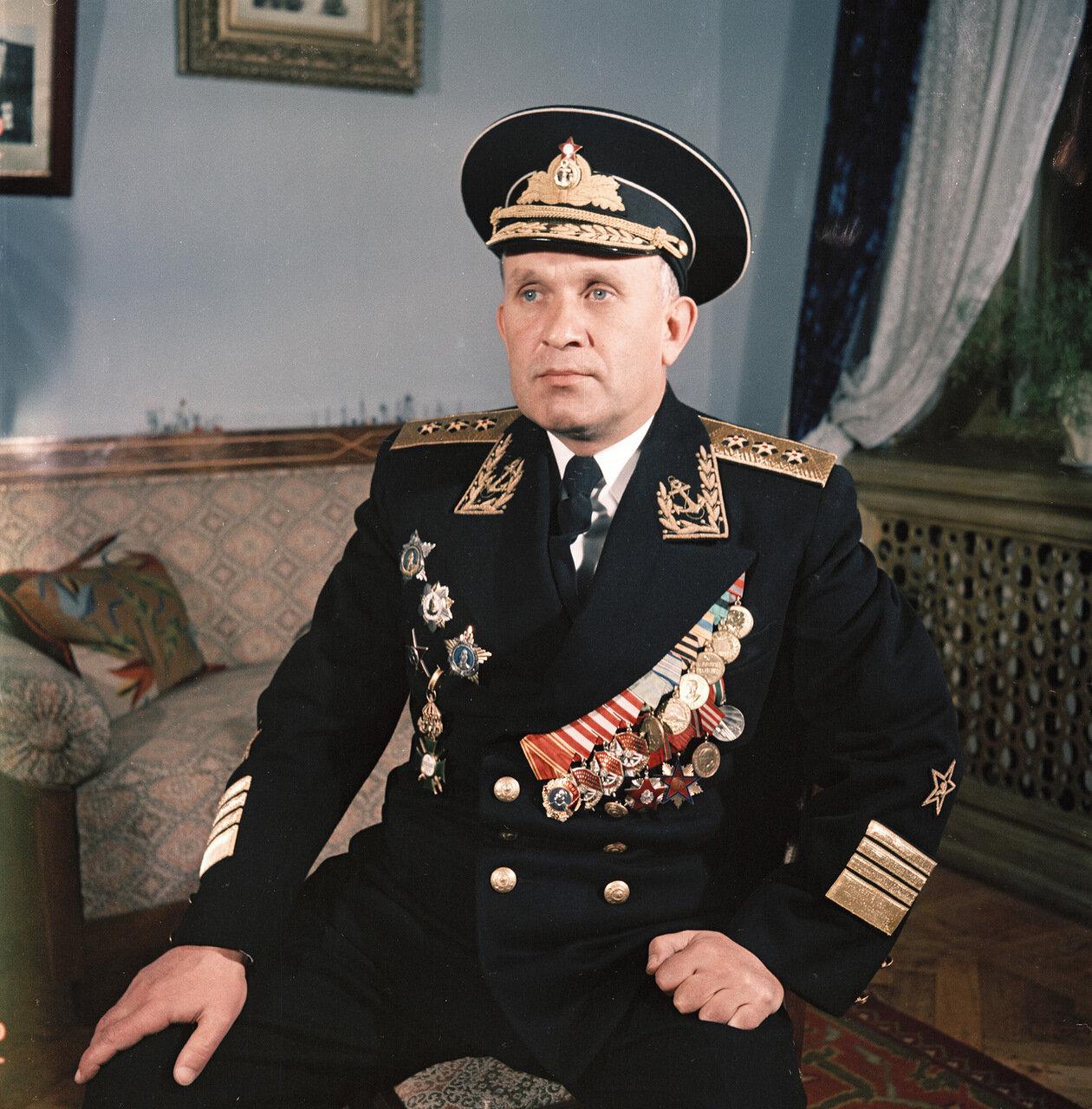 Адмирал Горшков. Севастополь. 1954