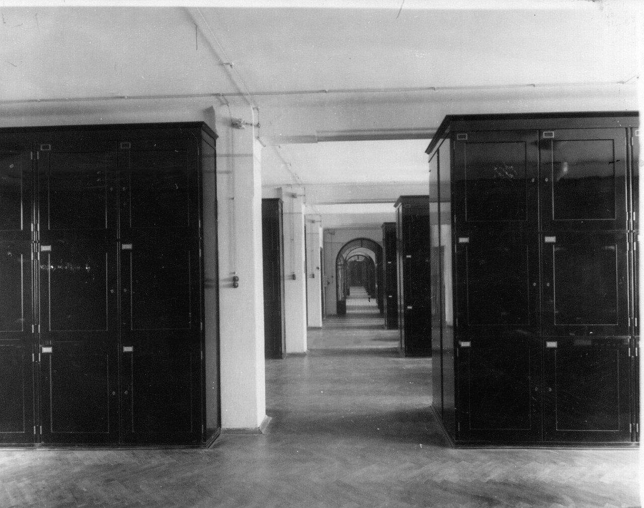 10. Хранилище гербария. 1915