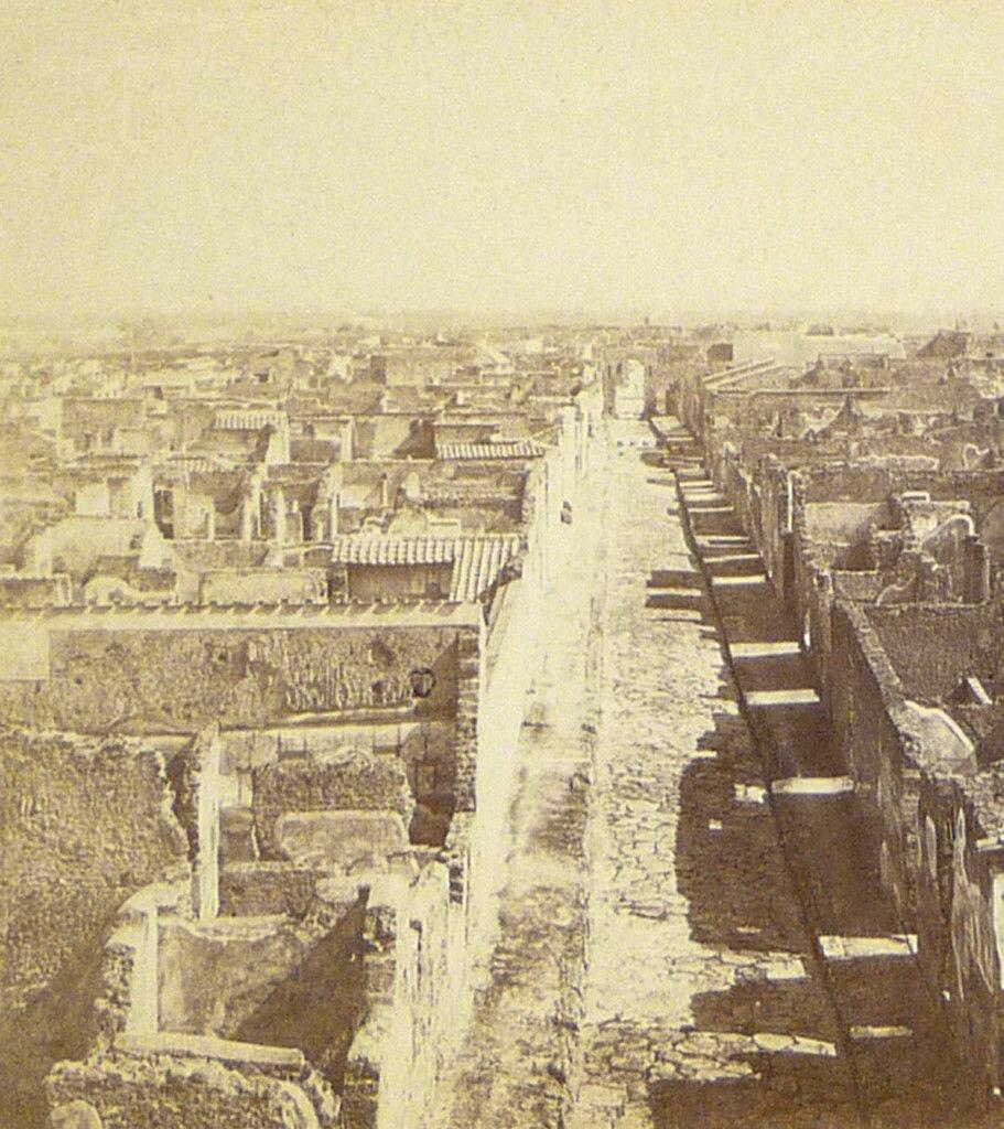 1870. Панорама города